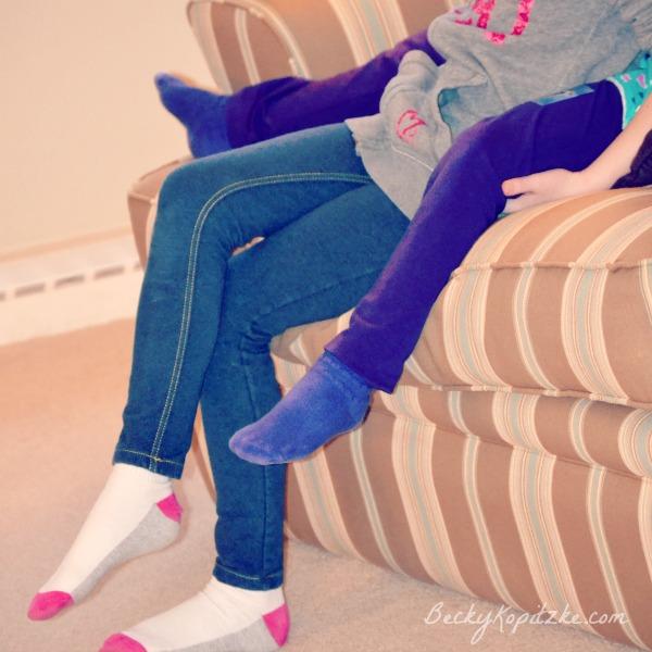 Girls on sofa from BeckyKopitzke.com