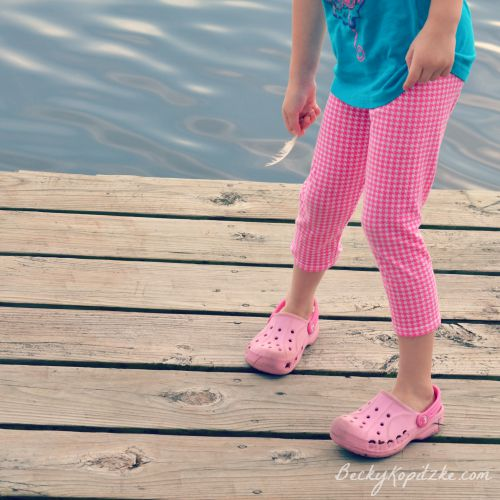 Crocs at the lake